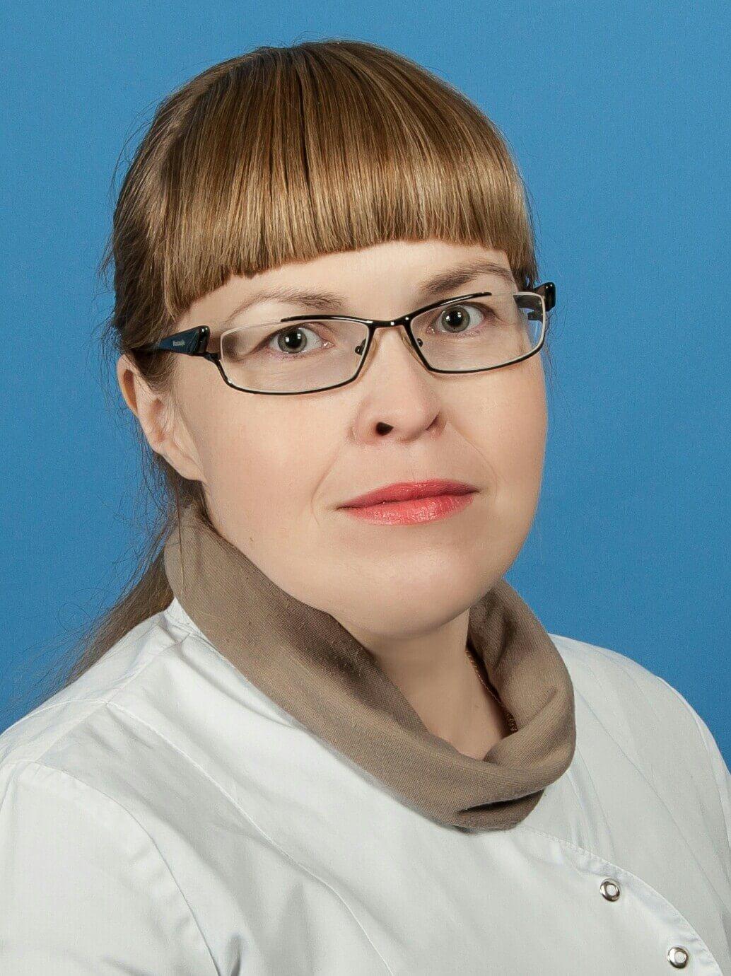 Врач терапевт гастроэнтеролог Бурынина Е.М