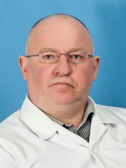 Главный врач, нарколог Угрюмов Д.М.